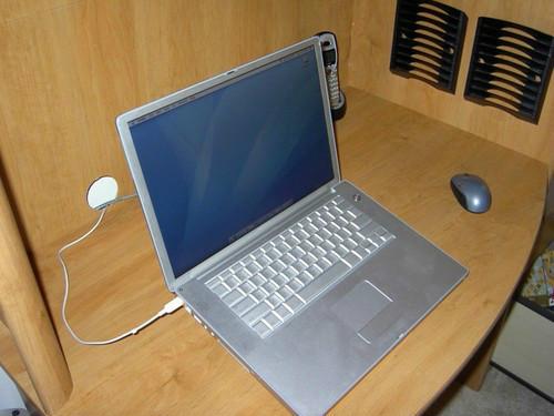 苹果发布会在即 看看苹果笔记本的进化史