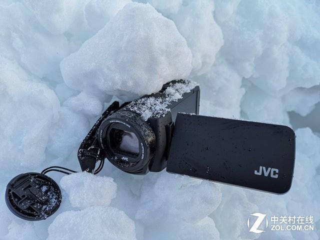 酷炫外型四防摄像机 JVC GZ-R475BAC赏析
